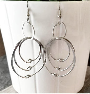 Simple Hoops Earrings