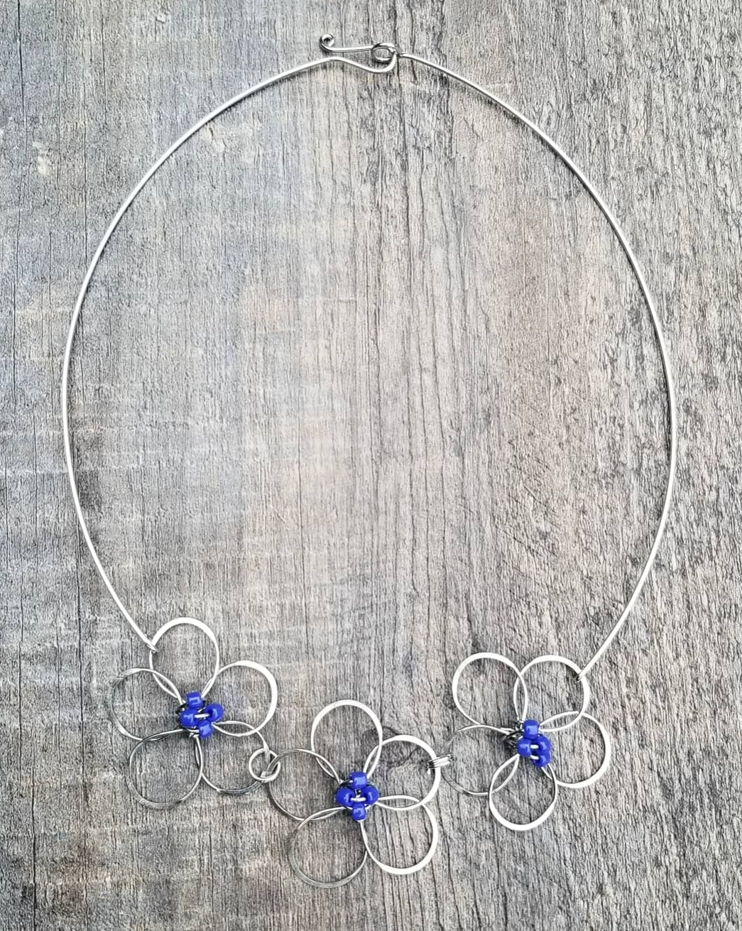 Flower Necklace Blue