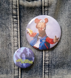 Rizzo the Rat pin back button