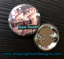 Hedwig pin back button