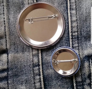Scream pin back button