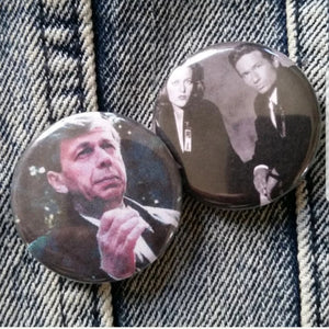 X-Files pin back buttons