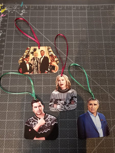 Choose your own Schitt's Creek ornaments