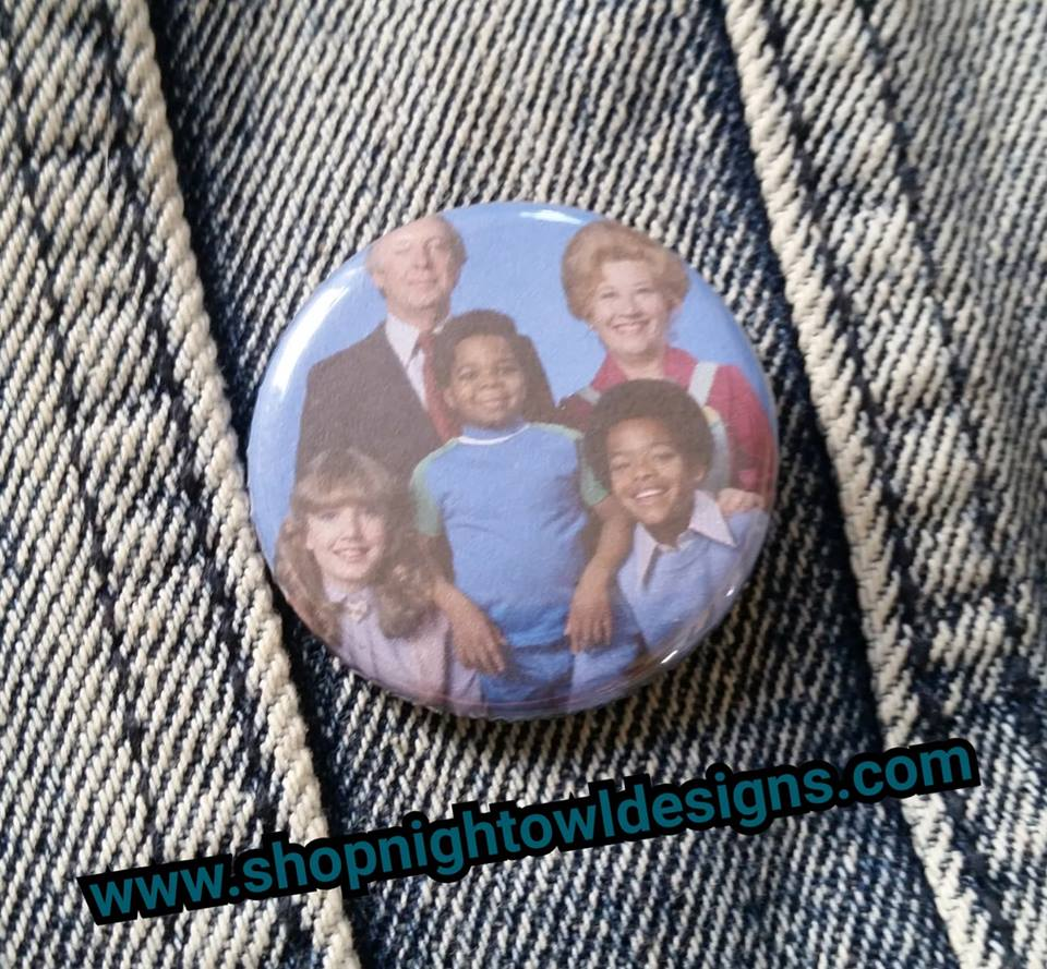 Different Strokes pin back button