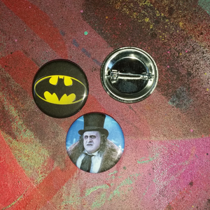 Batman pin back button