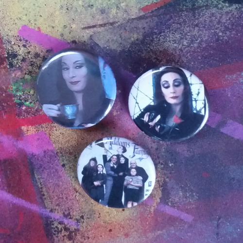 Addams Family (90s) pin back button