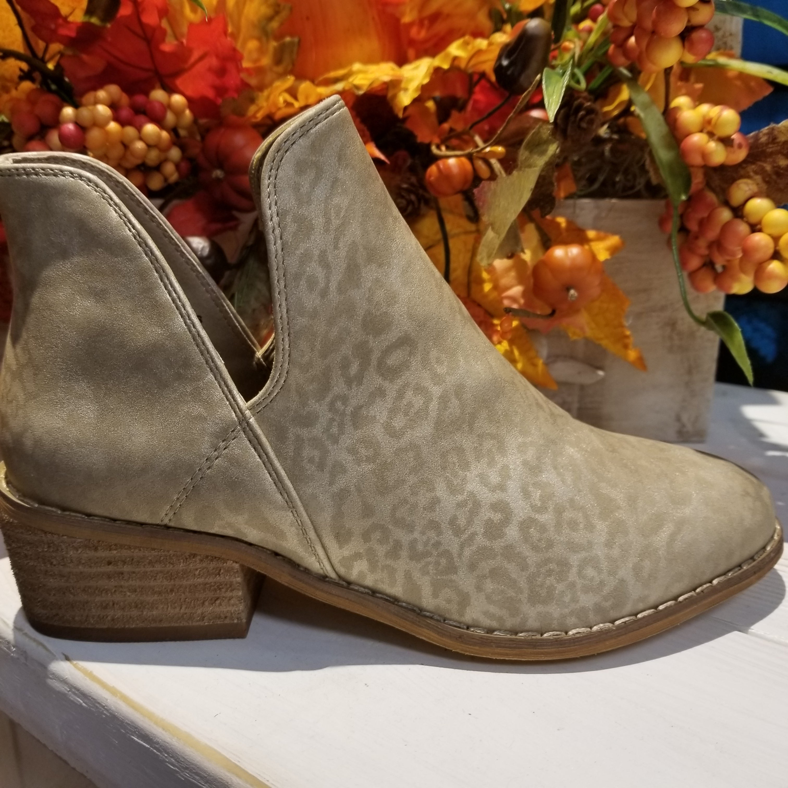 Wayland Gold Leopard Boot