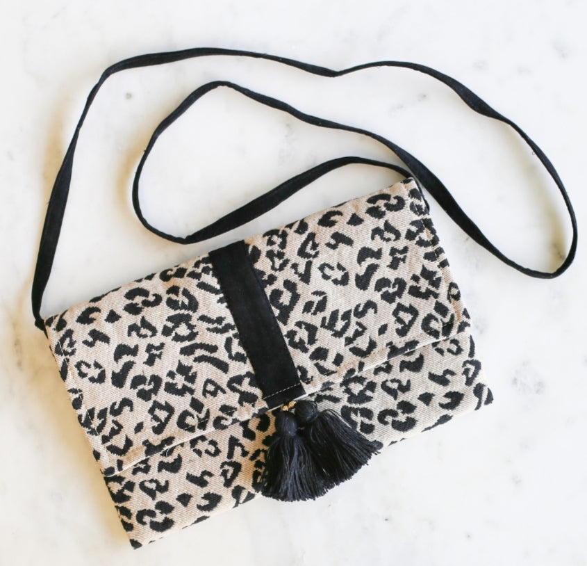 Moremi Convertable Clutch/Crossbody