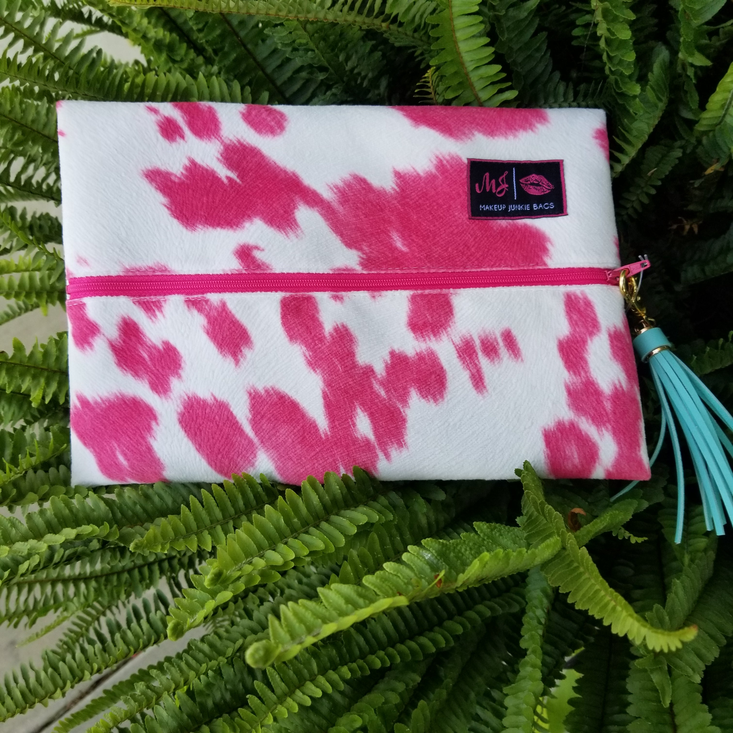 Bonnie and Hyde Pink by Makeup Junkie Bags