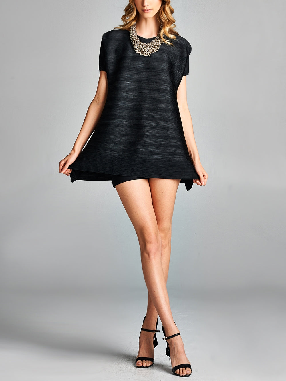 Pleated Black V Neck Short Sleeve  Top GJ-T5199