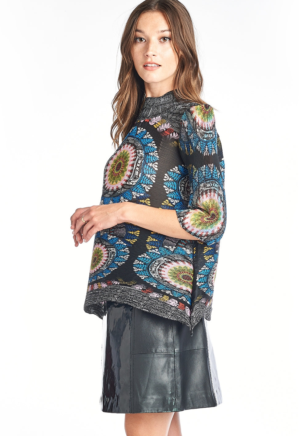 FLORA Turtle Neck Blouse Black