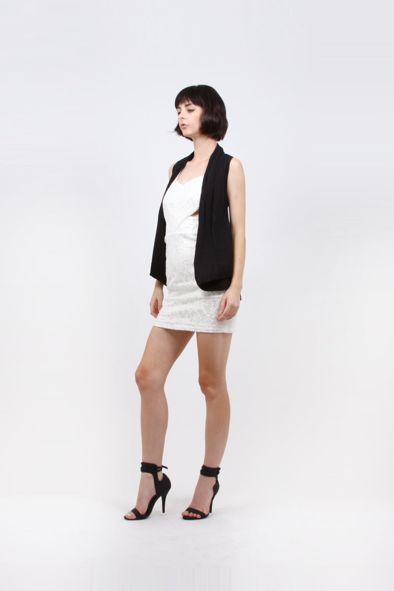 Pleated Black Baloon Side  Vest ZS15
