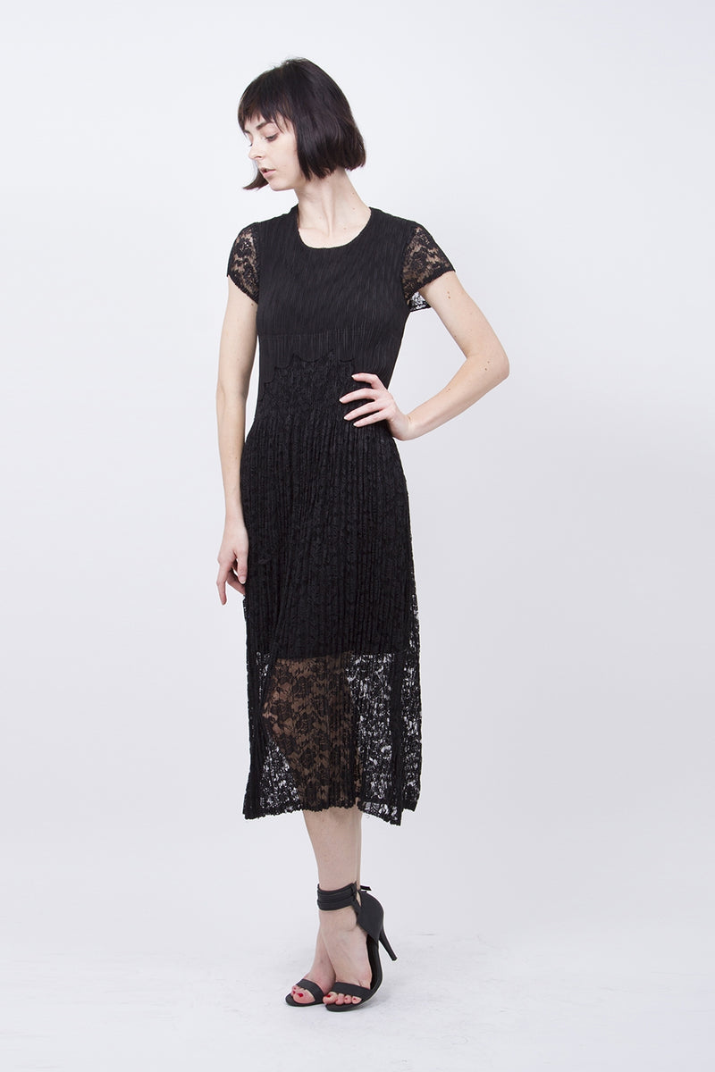 Pleated Black Lace  Maxi Dress 9598