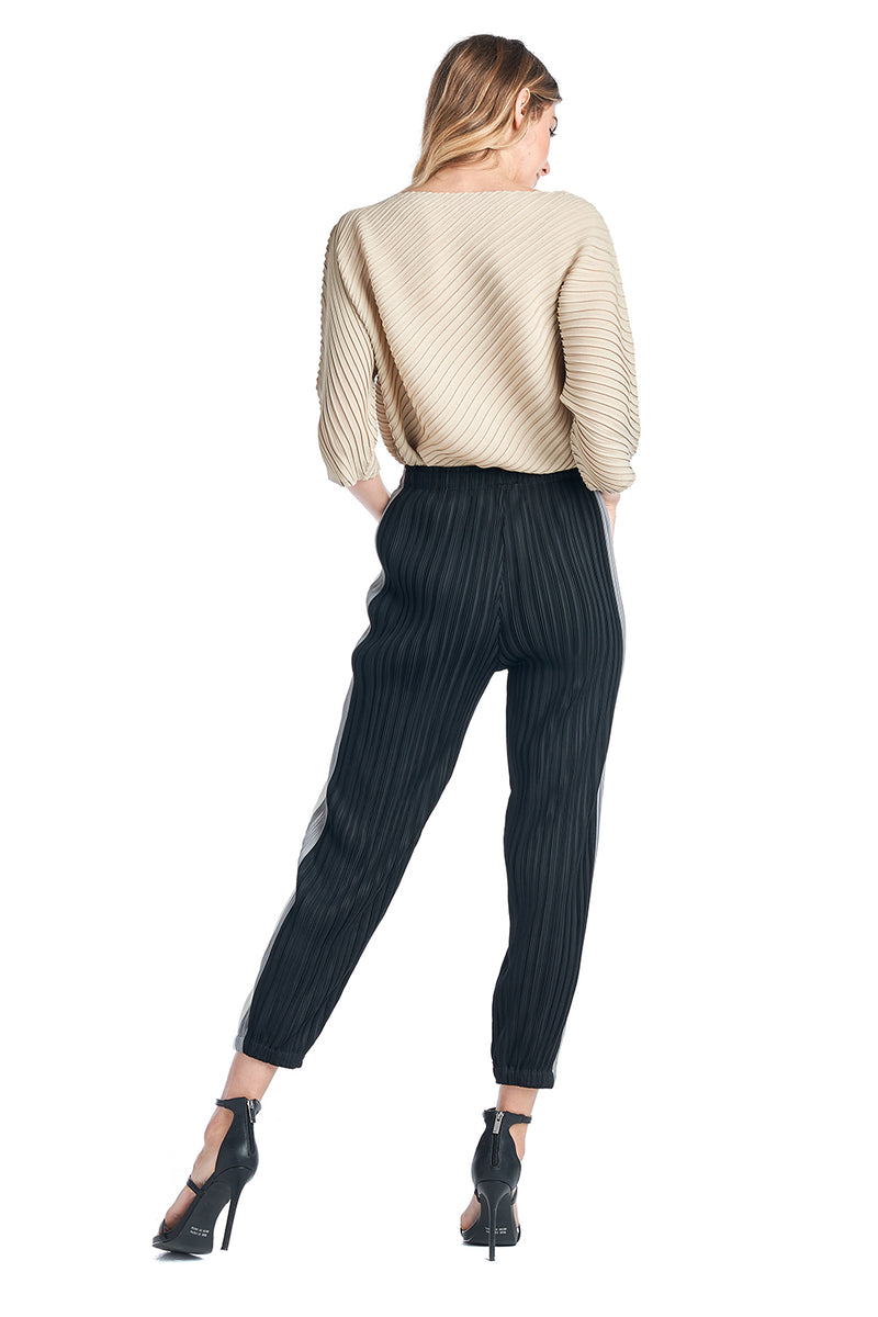 Pleated Black Pummlo Pants 83068