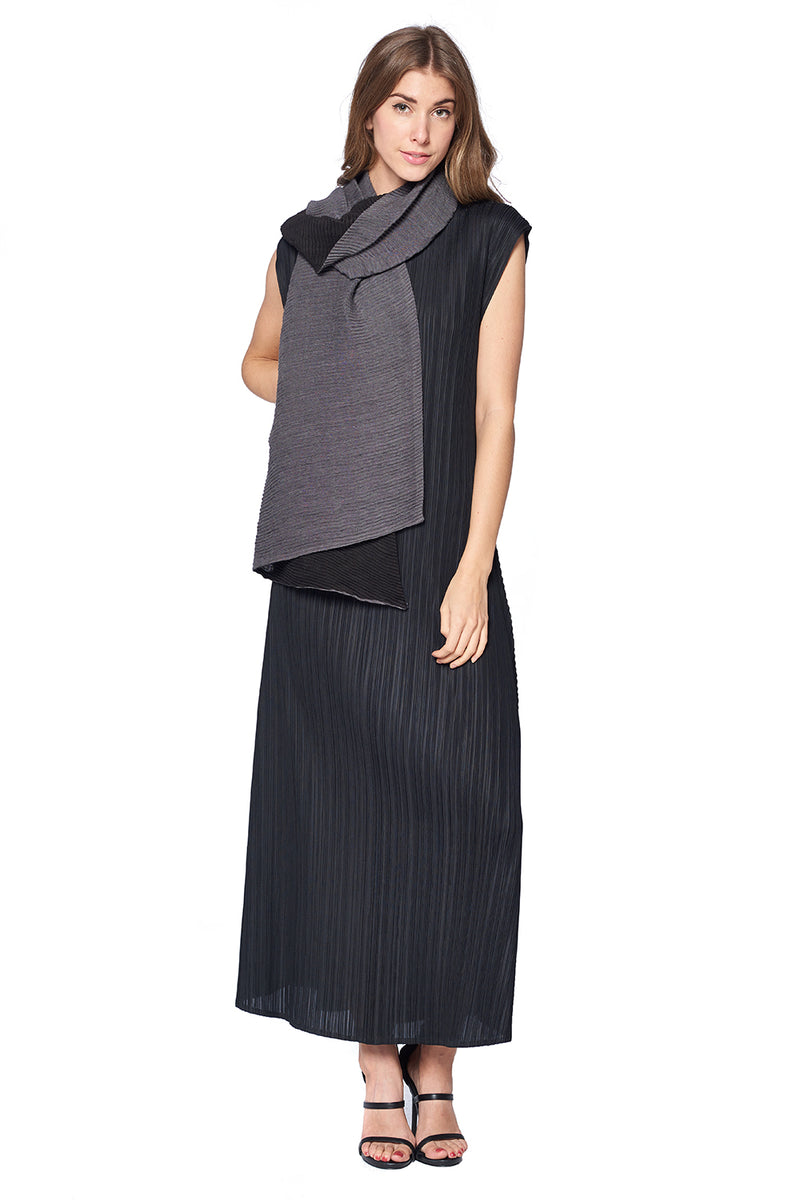 Pleated Scarf 12127 Black/Grey
