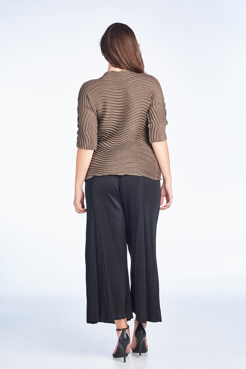 Pleated Lowell Tunic Top Brown 6095