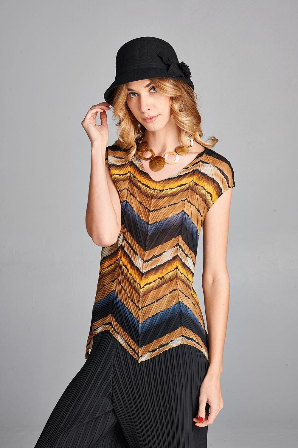 Pleated Yellow May Print  Top ZS155