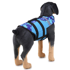 back side of Dog wearing Qbleev Dog Life Jacket With Adjustable Belt & Rubber Handle