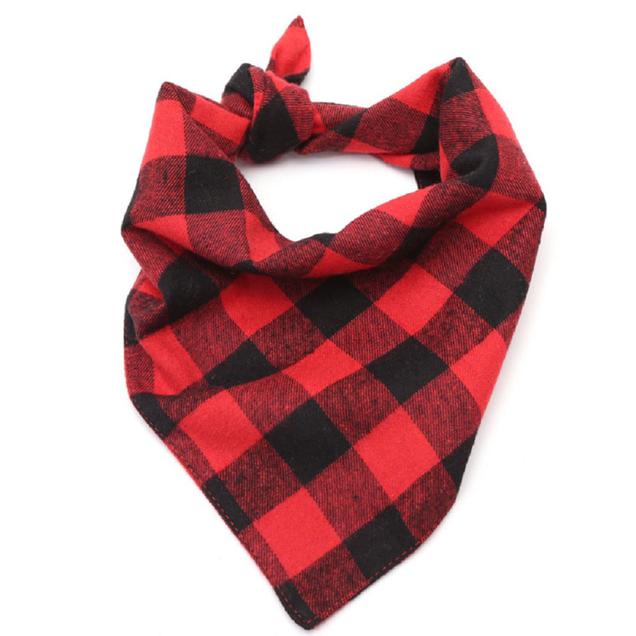 Qbleev plaid dog bandana in red and black color