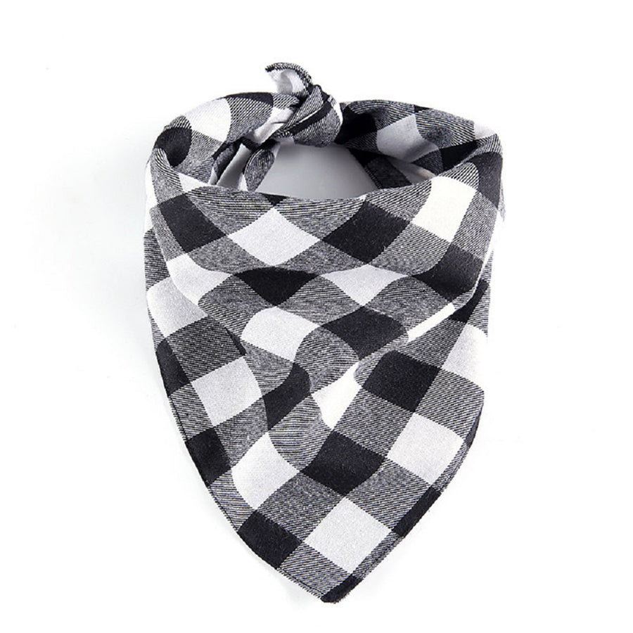Qbleev plaid dog bandana in white and black color