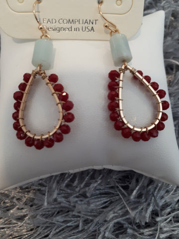 Earing Red