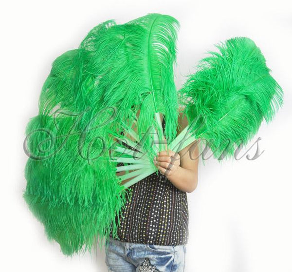 A pair emerald green Single layer Ostrich Feather fan 24