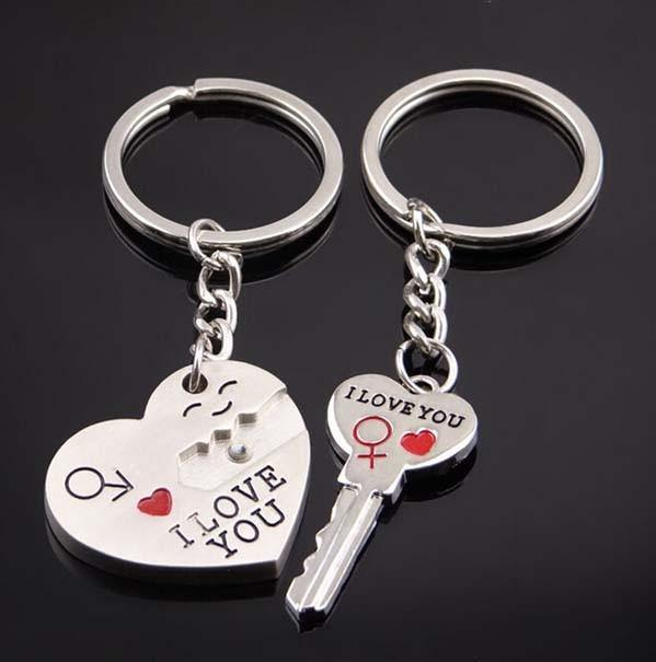 """Key to My Heart"" Lovers Keychain Set"