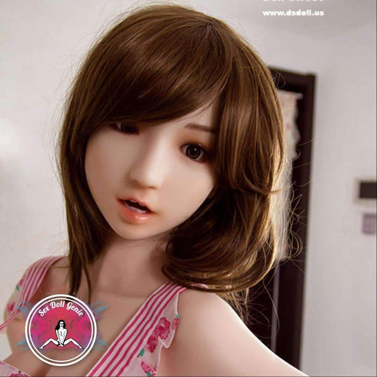 ds doll europe