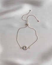 Load image into Gallery viewer, Sterling Silver Round Crystal Bracelet