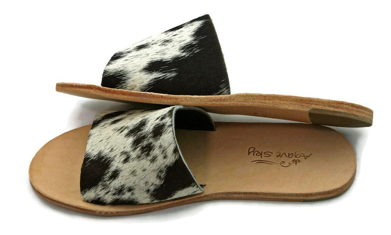 Salt n' Pepper Cowhide Flat