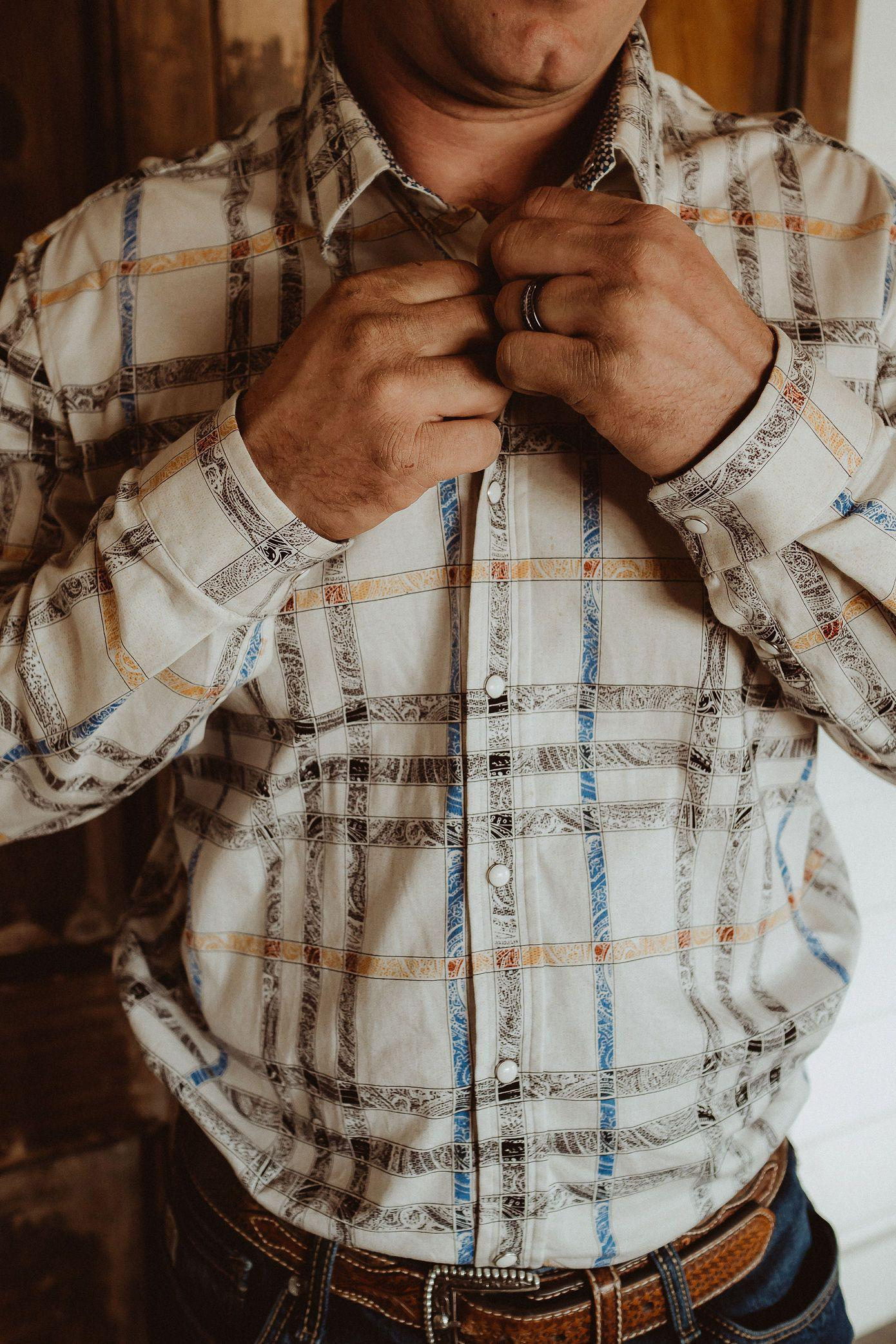 Men's All-Around Trophy Plaid Button Up Shirt
