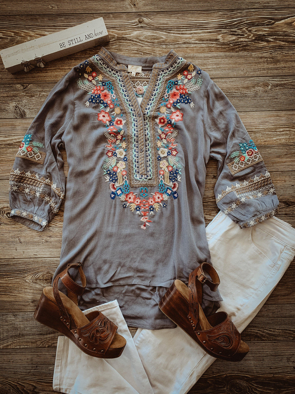 Embroidered Grey 3/4 Sleeve Top