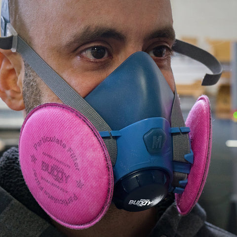 I tell if my respirator is working