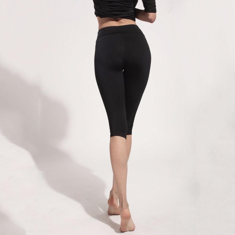 dd1ac830c9 ... Women yoga pants sport fitness cropped trousers comfortable quick dry  breathable yoga legging - Benovelent ...