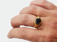 Load image into Gallery viewer, Black Diamond Signet Ring