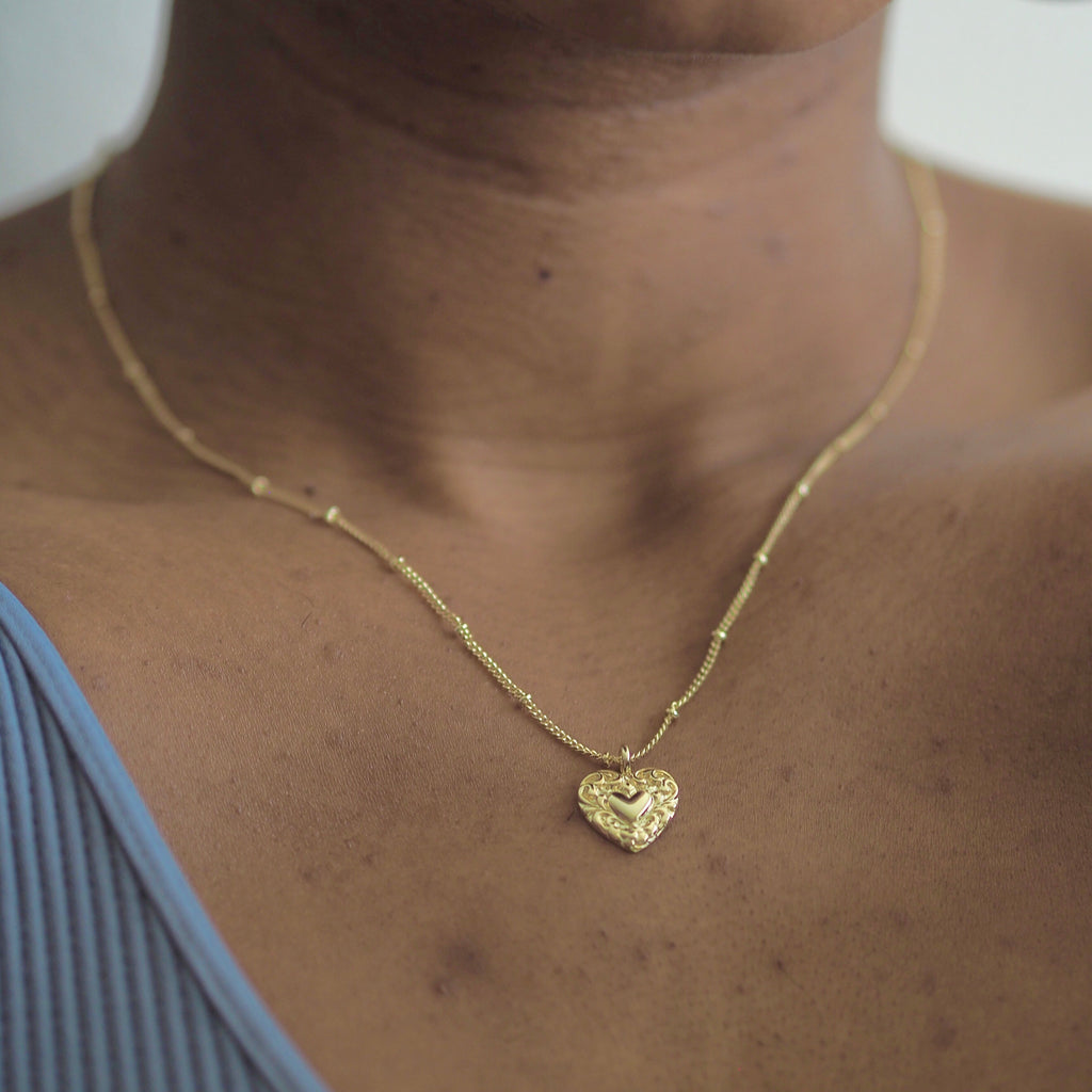 Vayü Vintage Milagro Heart Necklace