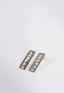 Molly Bar Earrings