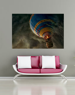 Hot Air Balloon in Thunder