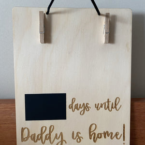 Count down the days 'til that special someone is home, with one of our chalkboard plaques. The board has pegs to hold a landscape 6x4 photo and a chalkboard section to fill in the days.