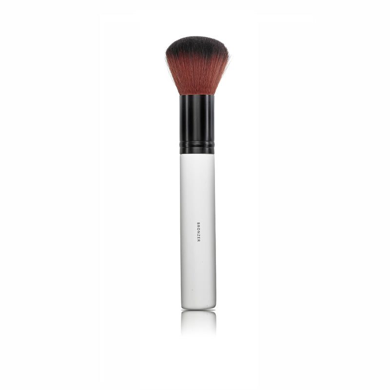 BRONZER BRUSH | LILY LOLO | Natürlich, Vegan, Bio, Natural | Online Shop Blanda Beauty