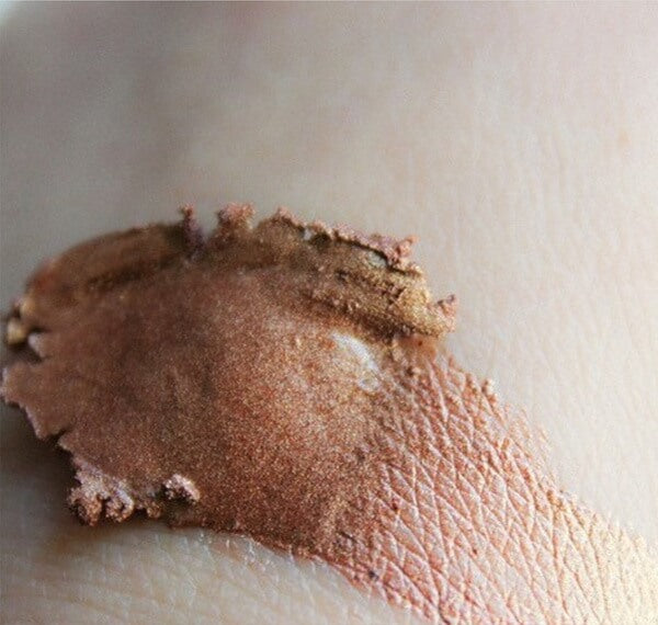 Shamanic The Colours Feminine Bronze Swatch On Skin