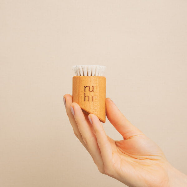 Ruhi The Facial Dry Brush