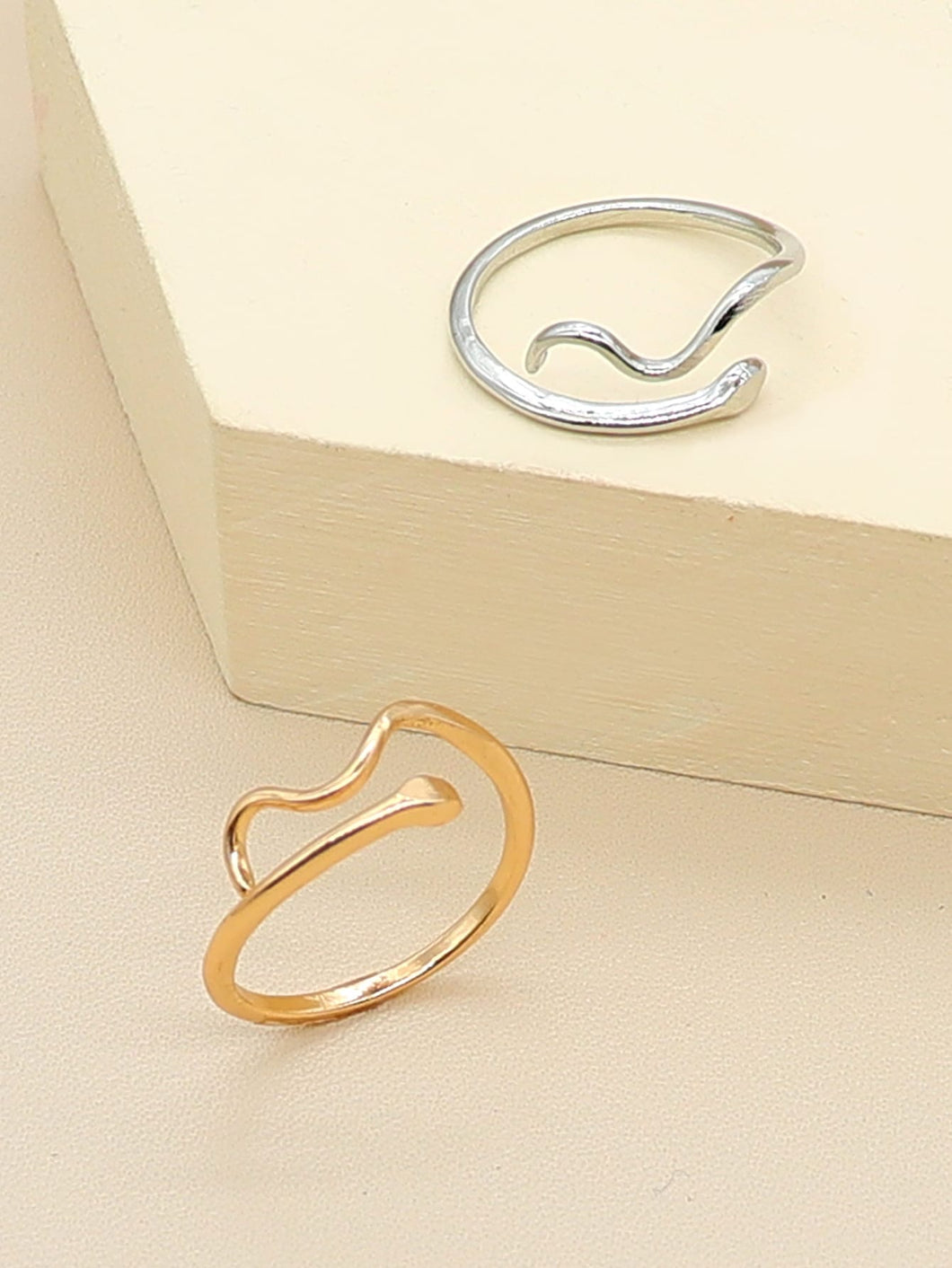 Savanna wave rings
