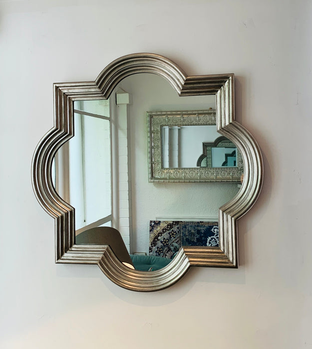 Delux Quatrefoil Antique Silver Mirror