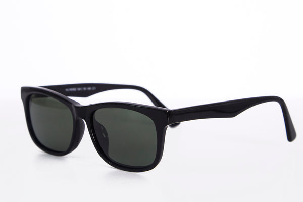 01 Sunglasses
