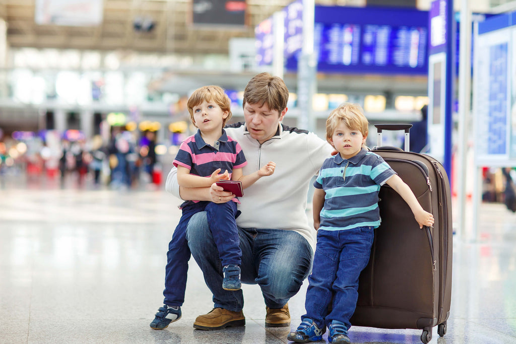 5 Tips on How to Travel Stress-Free with Children This Summer