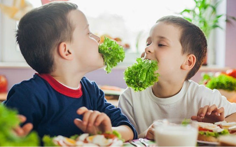 how to help your child eat healthily