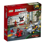 LEGO® Juniors Shark Attack