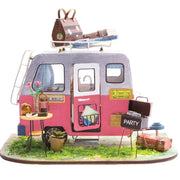 ROB164312 Robotime DIY Mini House Happy Camper