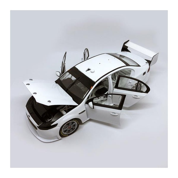 Authentic Collectables 1/18 Ford FGX Falcon - White Plain Body Edition